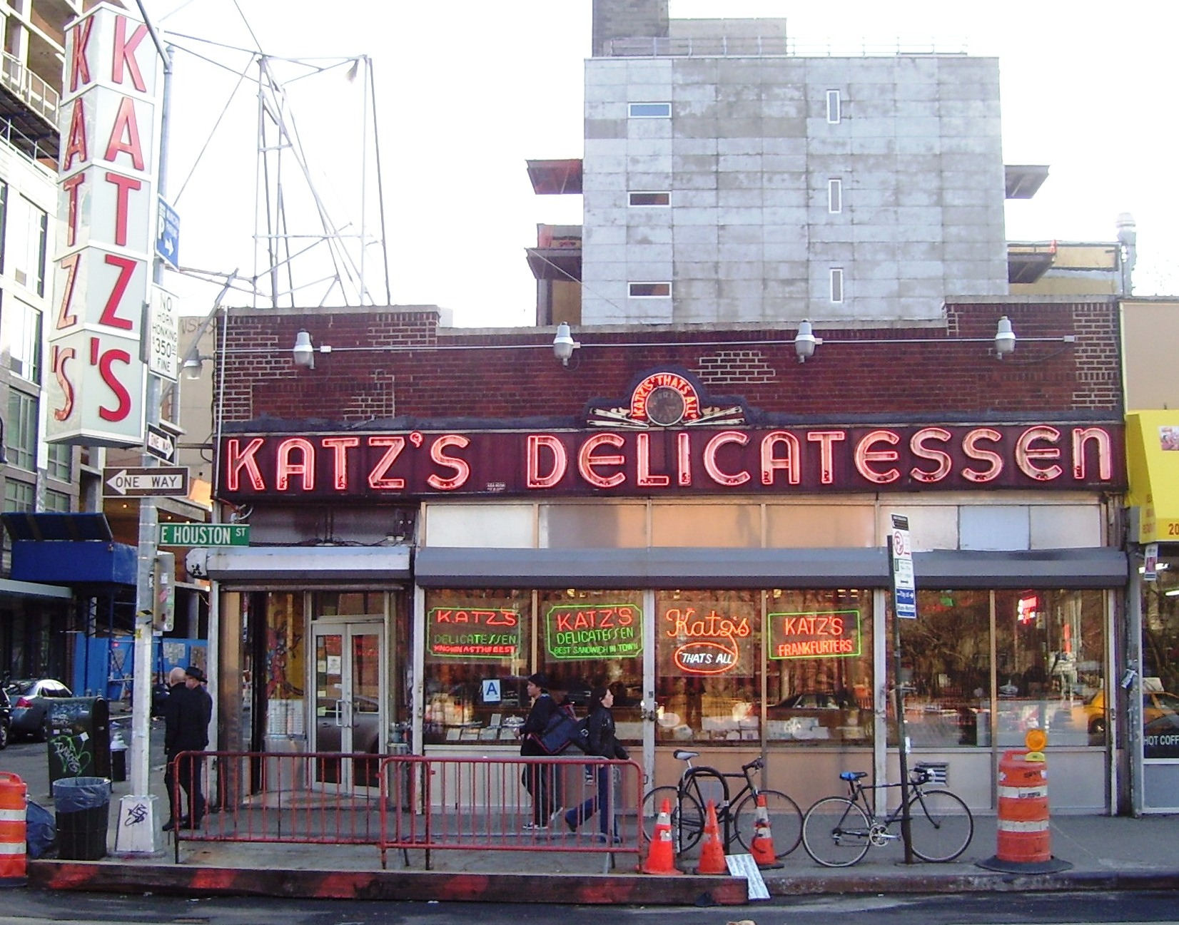 how katz's delicatessen became a new york icon - from the square