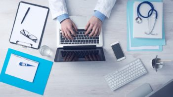(Cr)outsourcing the person: Personalized medicine in the digital era